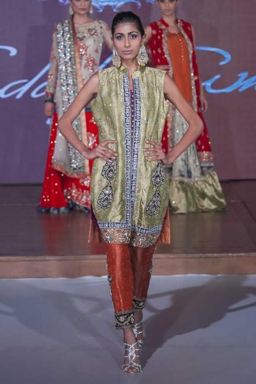 Sadaf Amir Bridal Dresses Pakistan Fashion Week London 2015 08