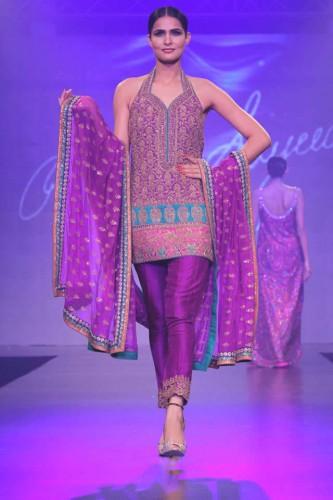 Umar_Sayeed_Shaan_e_Pakistan_Fashion_Show_2015_11