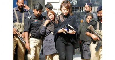 Ayyan Catewalk While coming from court