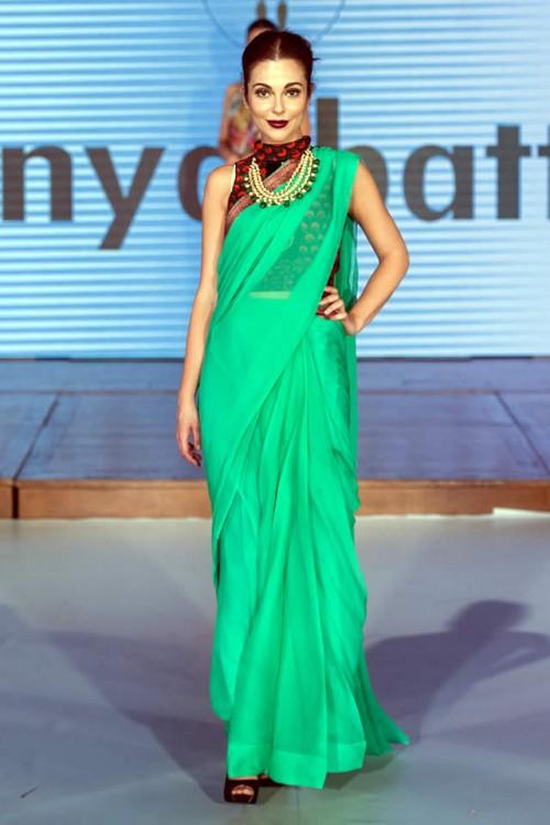 Sonya Battla Pakistan Fashion Week London 06