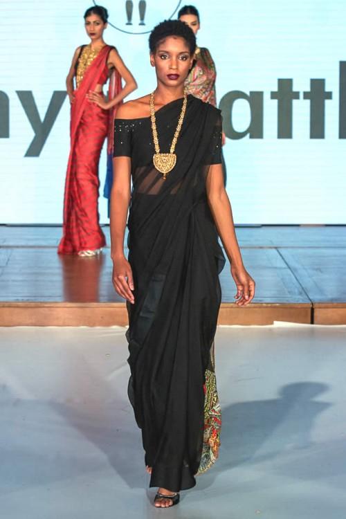 Sonya Battla Pakistan Fashion Week London 09