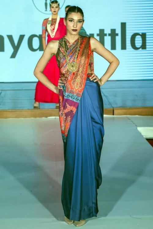 Sonya Battla Pakistan Fashion Week London 03
