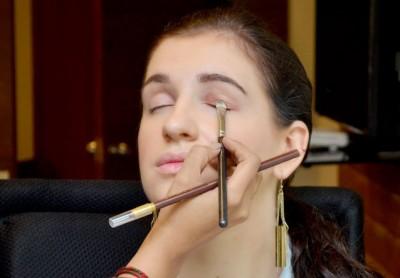 Matte finish eyeshadow