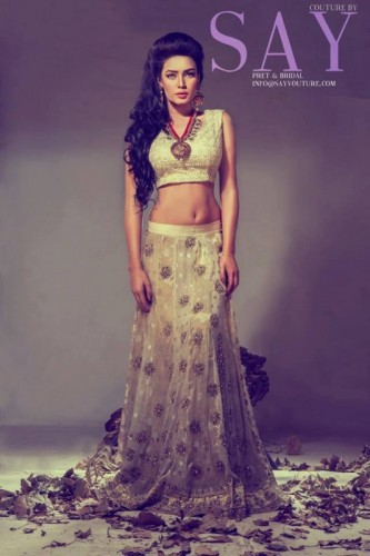Latest PhotoShoot of Kiran Haq