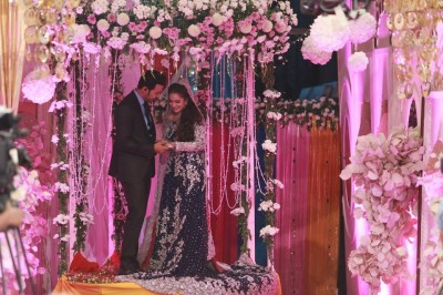 Wedding Pictures of Ahmed Hassan and Nousheen Ibrahim