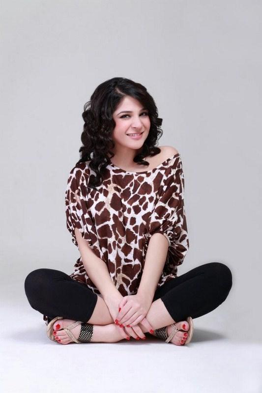 ayesha omar actress amp hot model ayesha omar actress amp hot