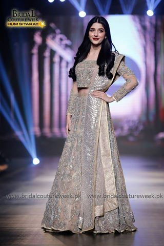 Celebrity Looking Best at BCW Day 1