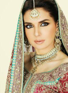 Mahnoor Baloch Actress & Hot Model