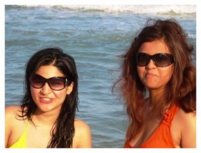 Ayesha-Omer-and-Maria-Wasti-scandal-600x457