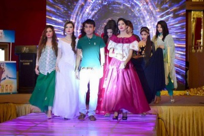 Independence-Day-Fashion-Show-Lahore-1-600x400