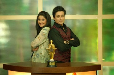 Sahir Lodhi With His Beautiful Wife Pictures 4 (1)
