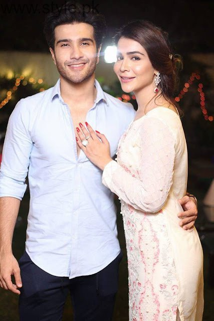 Pakistani Actresses With Their Brothers Humaima Malik With Her ...