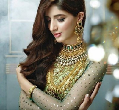 Mawra Hocane Bridal Dresses Photoshoot By Nomi Ansari - Fashion 2017