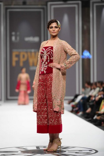Nida Azwer Collection at FPW 2016