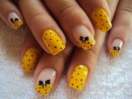 Polka Dots Nail Design Ideas