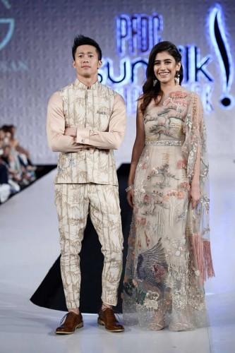 Shiza Hassan Formal Collection at PSFW 2017