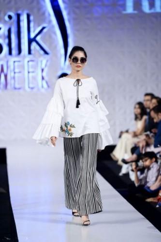 Saira Rizwan Summer of Love collection at PFDC 2017