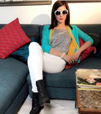 Saba Qamar New Pictures
