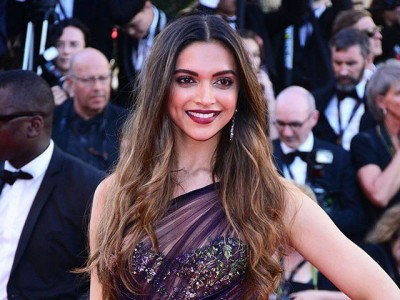 Deepika Padukone Gorgeous Look During Cannes