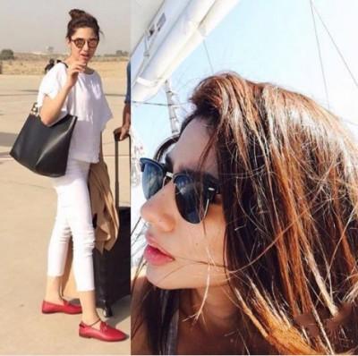 Mahira Mawra & Maya Ali at Bahwalpur