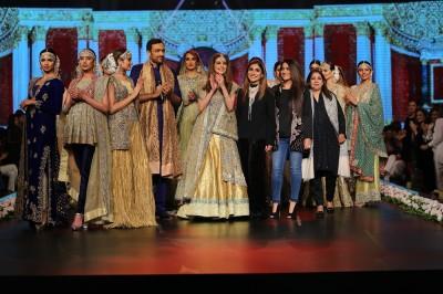 Barat Dresses for Pakistani Brides 2017