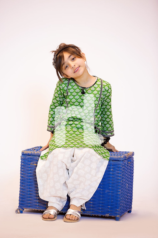 8f1ee5d725 Nishat Linen Kids Eid Princess Collection 2017 - Fashion 2019