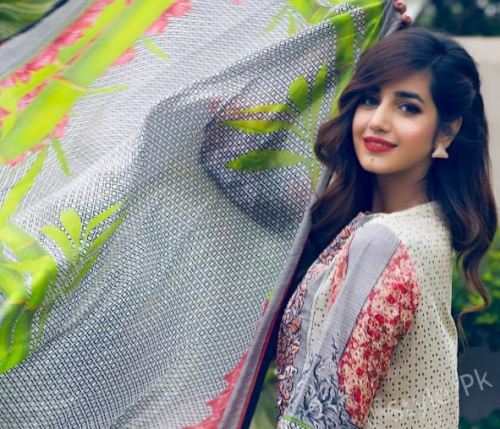 Anum Fayyaz latest photoshoot
