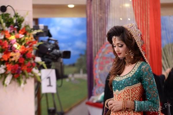 Latest Pakistani Bridal Dresses and Makeup