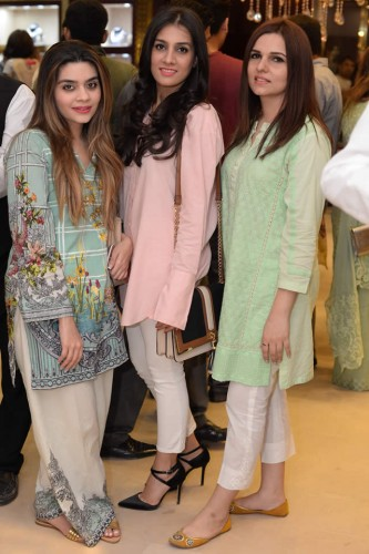 Damas Flagship Store in Lahore
