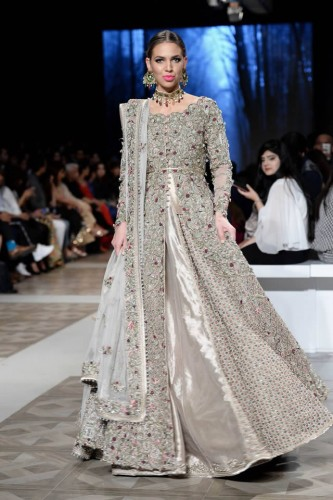 Bridal Collection by Fahad Hussayn at PLBW 17