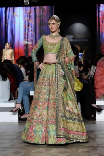 Nomi Ansari Bridal Collection PDFC Paris Bridal Week 2017