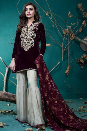 Zainab Chottani Collection