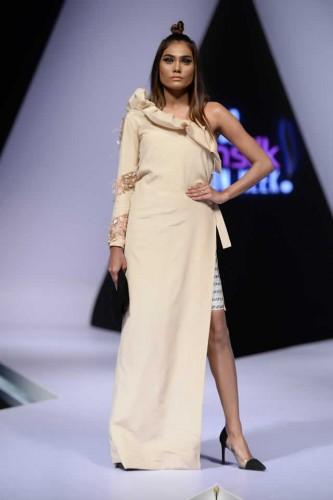 Fashion designer Hira Ali Studios formals12