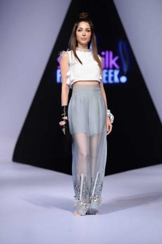 Fashion designer Hira Ali Studios formals14