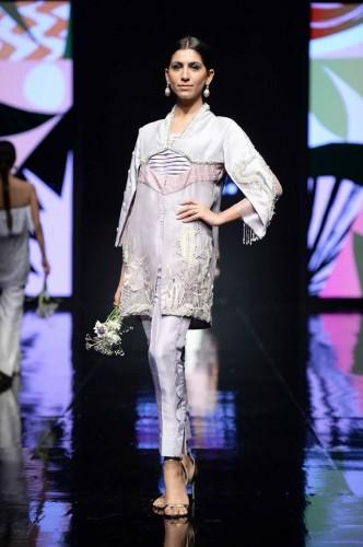 Shiza Hassan Fashion Week1