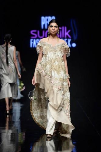 Shiza Hassan Fashion Week11