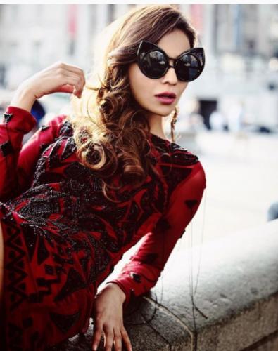 humaima malik in red dress
