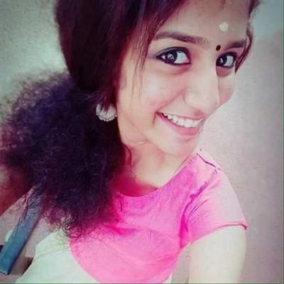 priya selfie