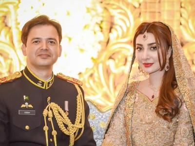 Ayesha Khan11