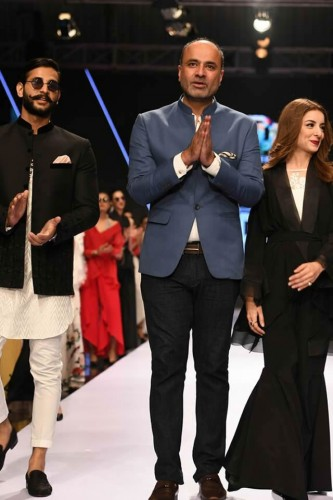 Deepak Perwani dresses3
