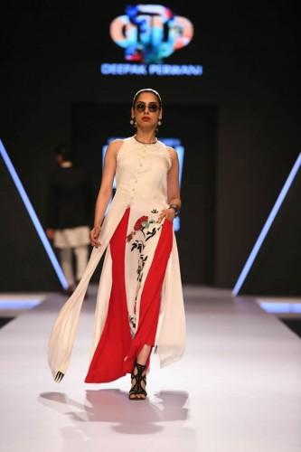 Deepak Perwani dresses6