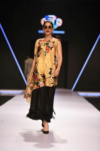 Deepak Perwani dresses8