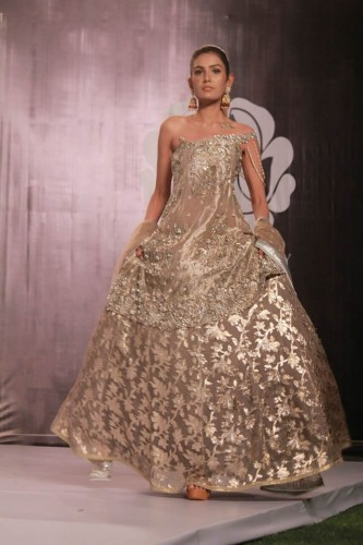 designer Reema Ahsan dresses