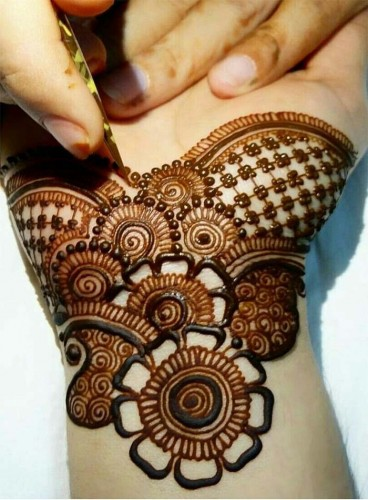 important Mehndi Design1