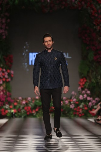 Style and Star Power in PLBW 2018 Day..