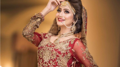 Zarnasha Khan