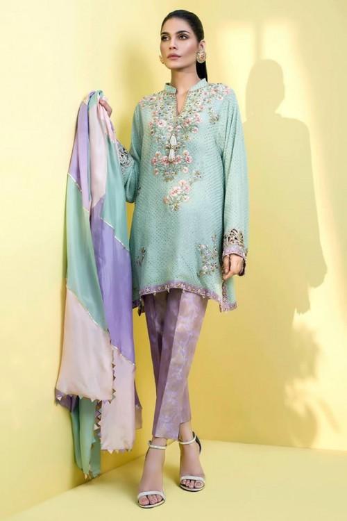 Sania Maskatiya dresses3