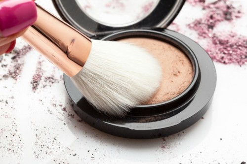 brush-and-powder