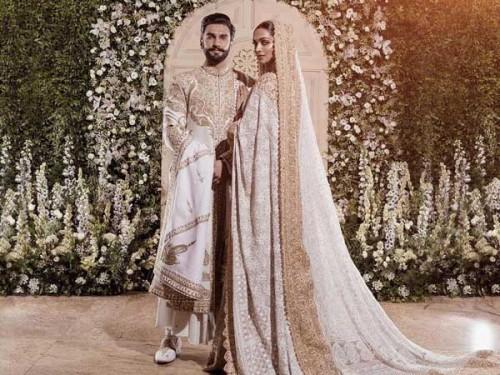 Deepika and Renveer Stylish Couple