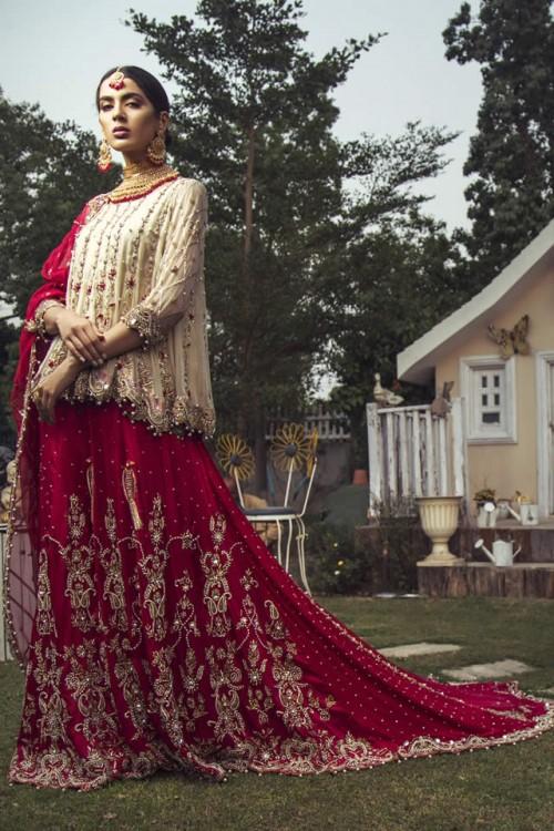 Kiran Faheem dresses4